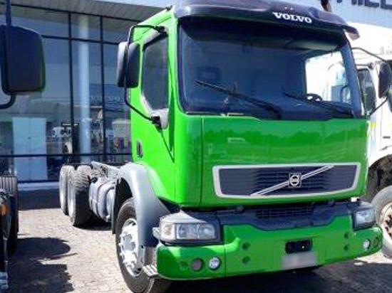 Volvo VM 6X2 Camión 2006 Verde