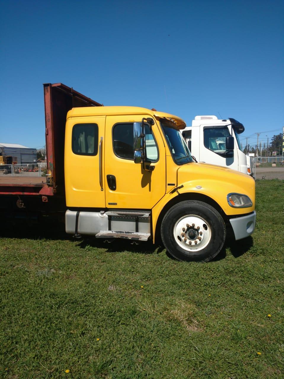Freightliner M2- 106 6×4